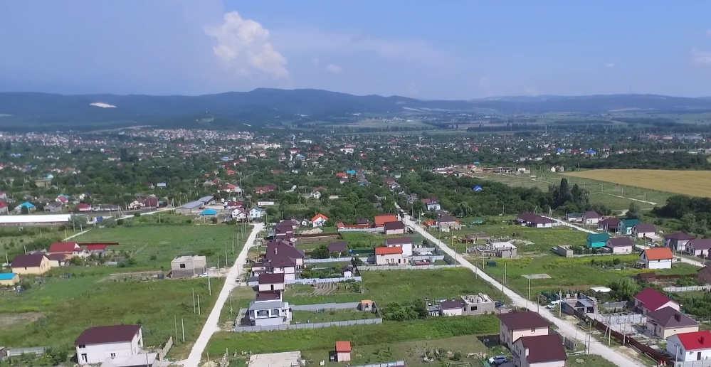 дома в Натухаевской